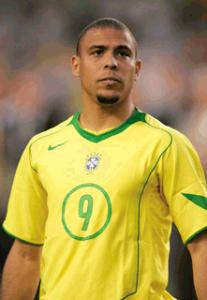 dünyanın en iyi 10 futbolcusu ronaldo